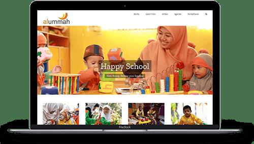 Sekolah Website MacBook